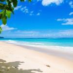5 Pantai Paling Indah di Indonesia yang Menyimpan Potensi Wisata Alam