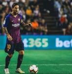 """""""Bahasa Sepak Bola"""" Pele Meremehkan Messi"""